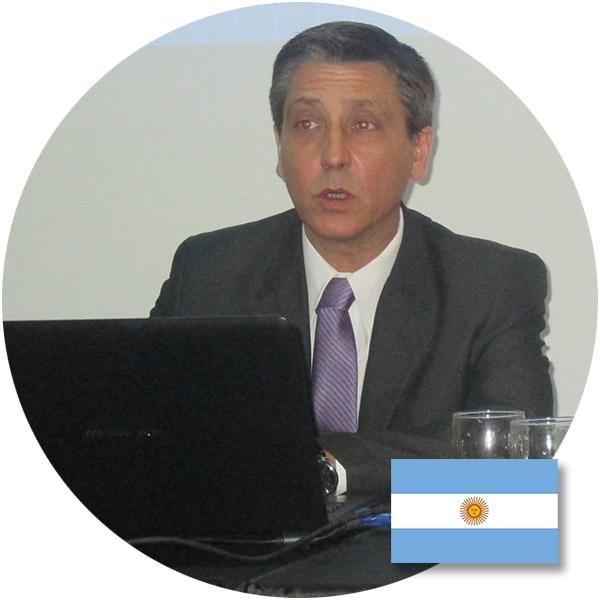 Mtro. Claudio Oscar Giannone de Argentina